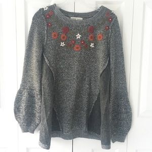 Women's floral bell sleeve sweater